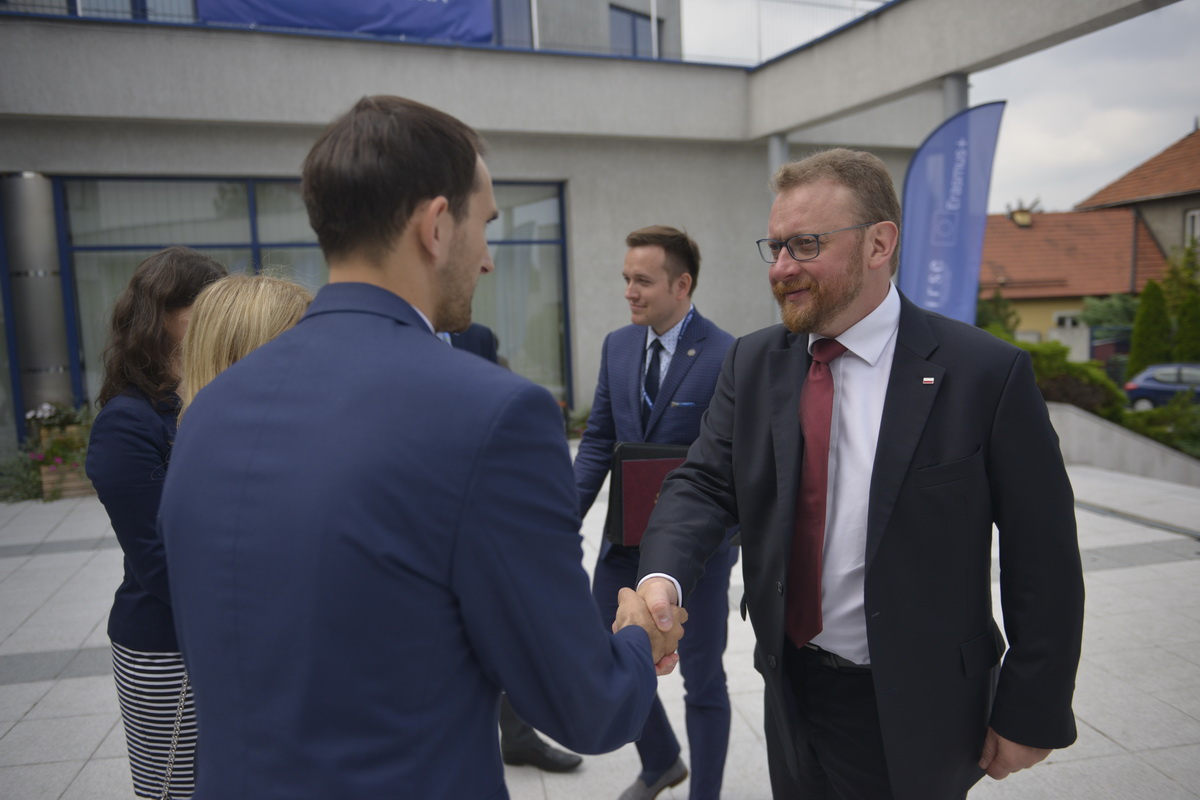 Economic Forum of Young Leaders 2018 3fcbfc42796